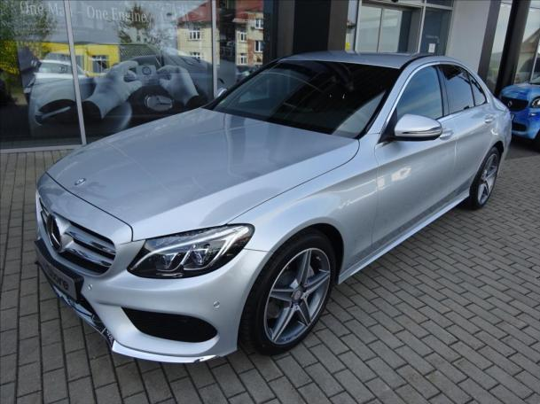 Mercedes-Benz C 220 d 4MATIC AMG