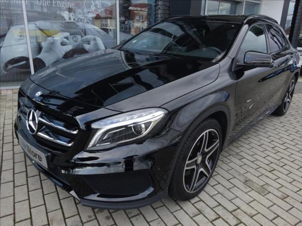 Mercedes-Benz GLA 220 d 4MATIC AMG