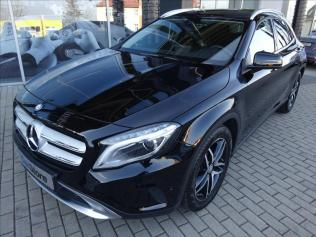 Mercedes-Benz GLA GLA 200 d 4MATIC Urban