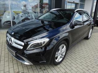 Mercedes-Benz GLA GLA 200 d 4MATIC Urban