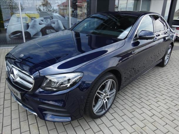Mercedes-Benz E 220 d 4MATIC AMG