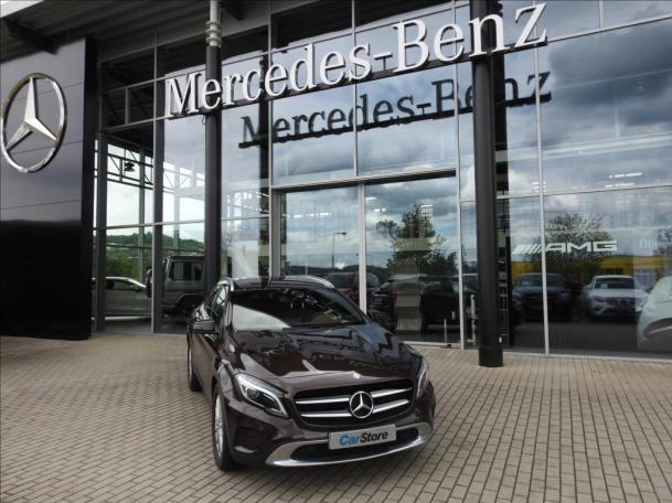 Mercedes-Benz GLA 220 CDI 4MATIC Edition1