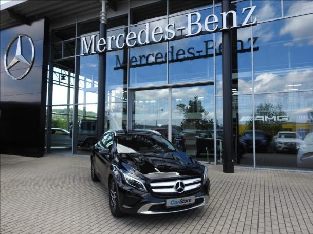Mercedes-Benz GLA 220 d 4MATIC *Urban