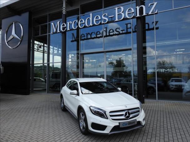 Mercedes-Benz GLA 200 d 4MATIC AMG
