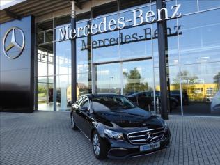Mercedes-Benz Třídy E E 220 d 4MATIC Avantgarde